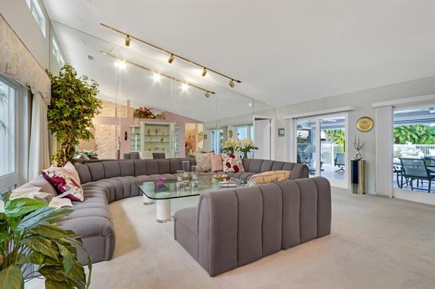 4 Sheldrake Circle  Real Estate Property Photo #18
