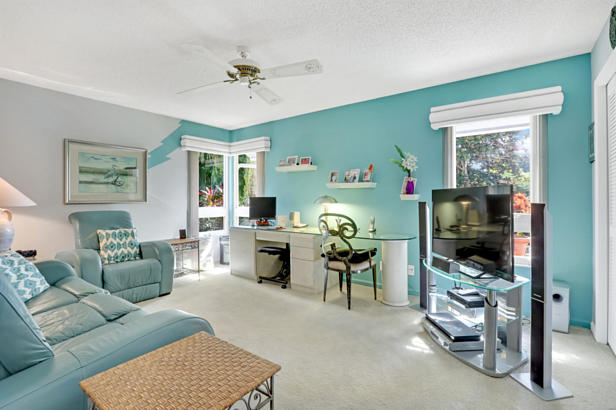 4 Sheldrake Circle  Real Estate Property Photo #25