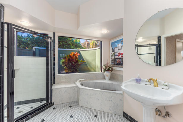 9 Emarita Way  Real Estate Property Photo #32