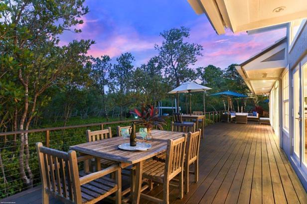 105 Harbor Way  Real Estate Property Photo #10