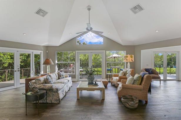 105 Harbor Way  Real Estate Property Photo #25