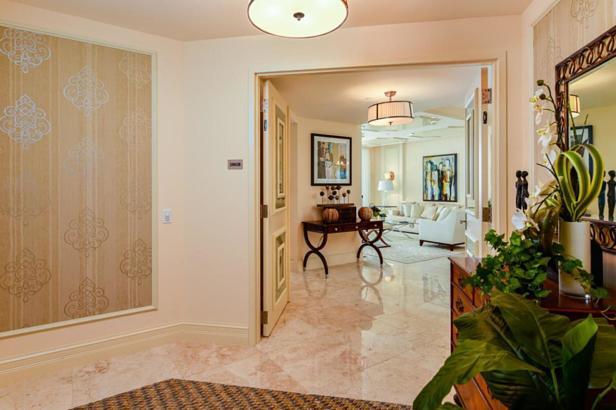 2700 N Ocean Drive #2002b Real Estate Property Photo #3