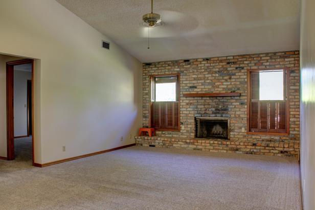 14720 Crazy Horse Lane  Real Estate Property Photo #5