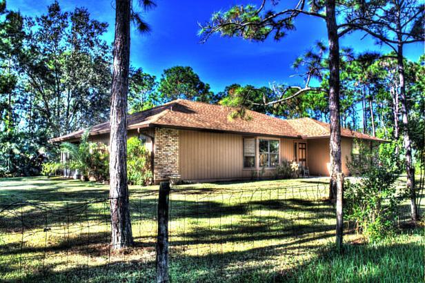 14720 Crazy Horse Lane  Real Estate Property Photo #9