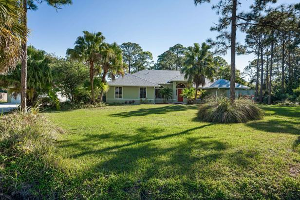14450 69th Drive N Real Estate Property Photo #1