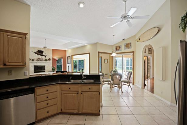 14450 69th Drive N Real Estate Property Photo #14