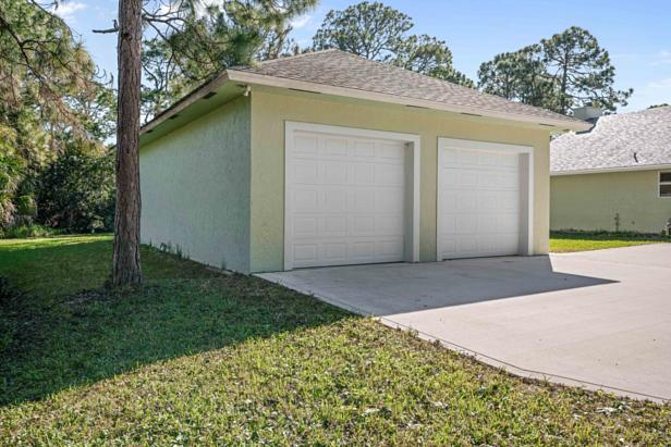 14450 69th Drive N Real Estate Property Photo #34