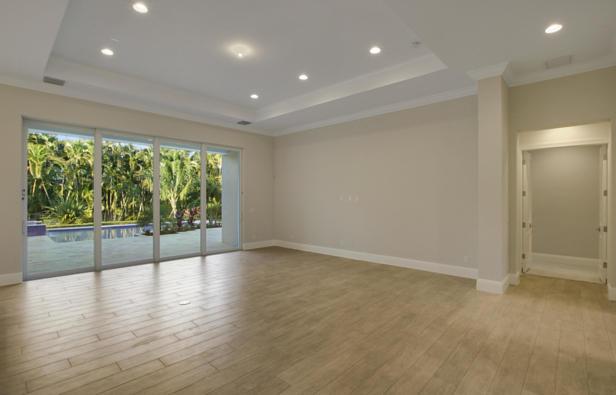 6777 140th Lane N Real Estate Property Photo #7