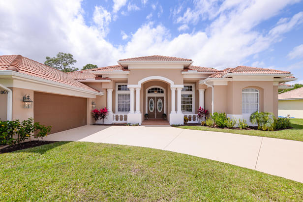8063 Kiawah Trace  Real Estate Property Photo #5