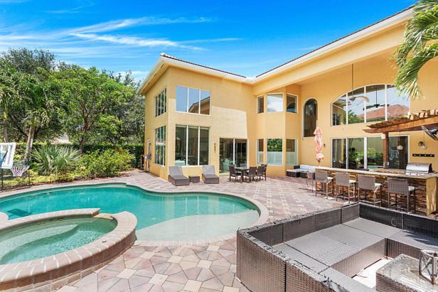 8638 Daystar Ridge Point  Real Estate Property Photo #3