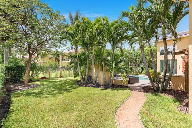 8638 Daystar Ridge Point  Real Estate Property Photo #8