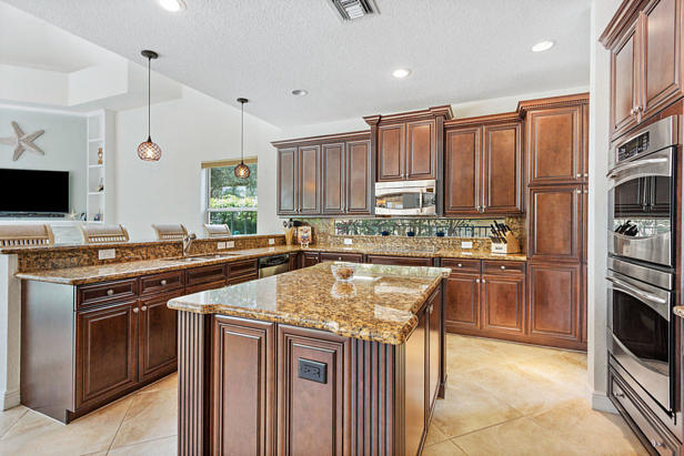8638 Daystar Ridge Point  Real Estate Property Photo #14