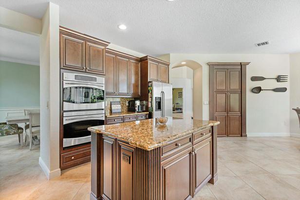 8638 Daystar Ridge Point  Real Estate Property Photo #15