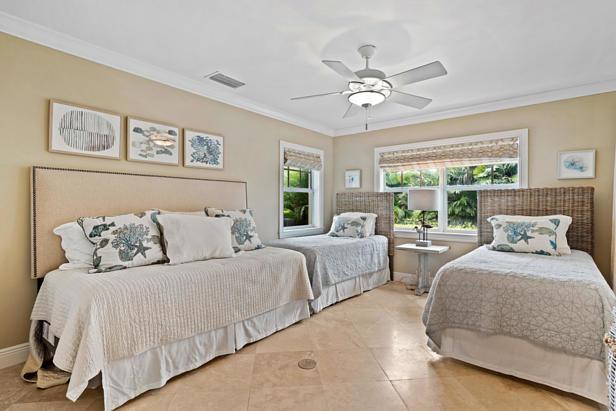 200 Cascade Lane  Real Estate Property Photo #33